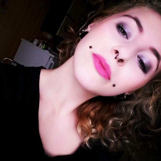 piercing labio aro