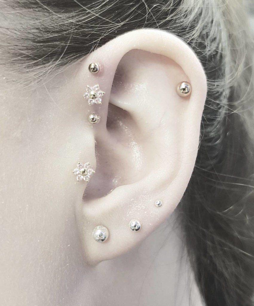 piercing antihelix oreja